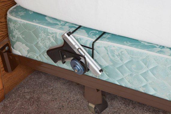 Rack'em - 6060 - Bed Buddy Single Pistol Holder